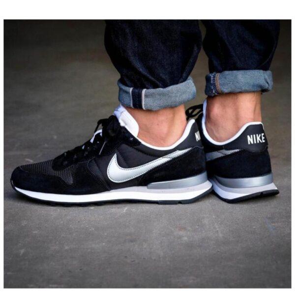 Nike 16